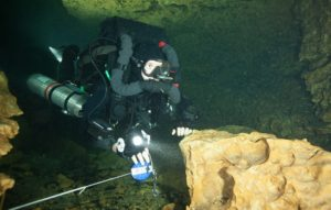 TDI Rebreather Full Cave Instructor